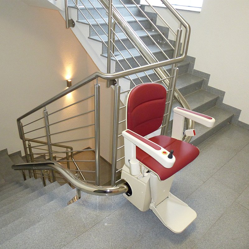 How to Choose the Right Stairlift Type For Your Home